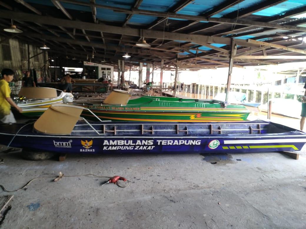 files/news/ambulance-terapung-sambas-dafe17085a.jpeg