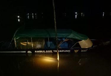 ambulance-terapung-sambas-15923f8aba6e55a_cover.jpeg